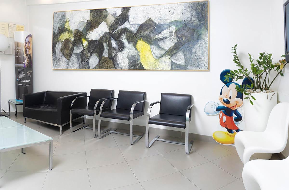 01 Sala d'attesa Dentista - Studio Pelagalli - Centro Odontoiatrico Roma